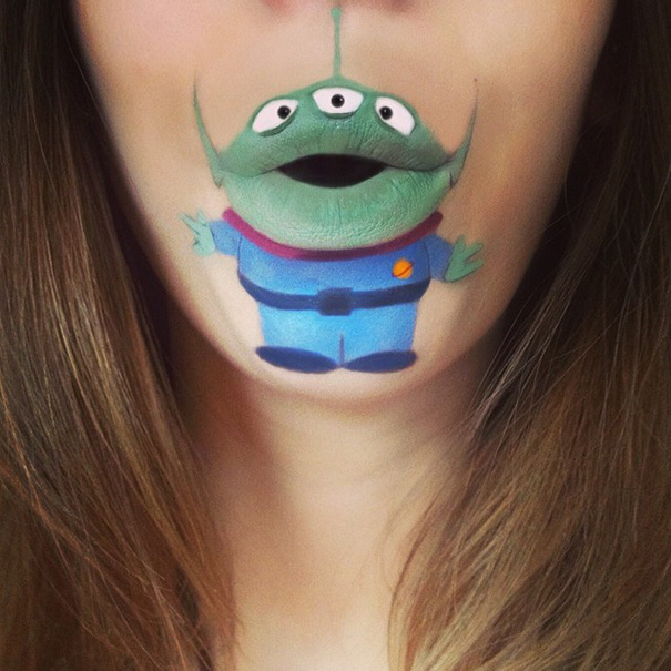 bouche-maquillee-monstre-vert-toy-story
