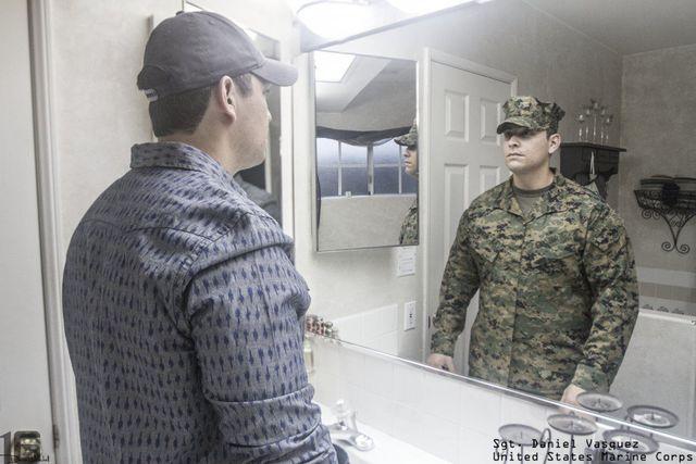 derriere-uniforme-militaire-19