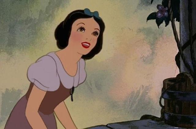 disney-princesses-cheveux-realistes-blanche-neige-1