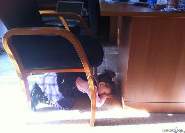 enfants-cache-cache-04