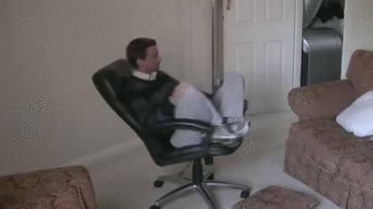 gif-chaise-extincteur