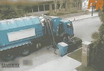 camion-poubelles-fou