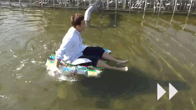 flotter-eau-paquets-chips