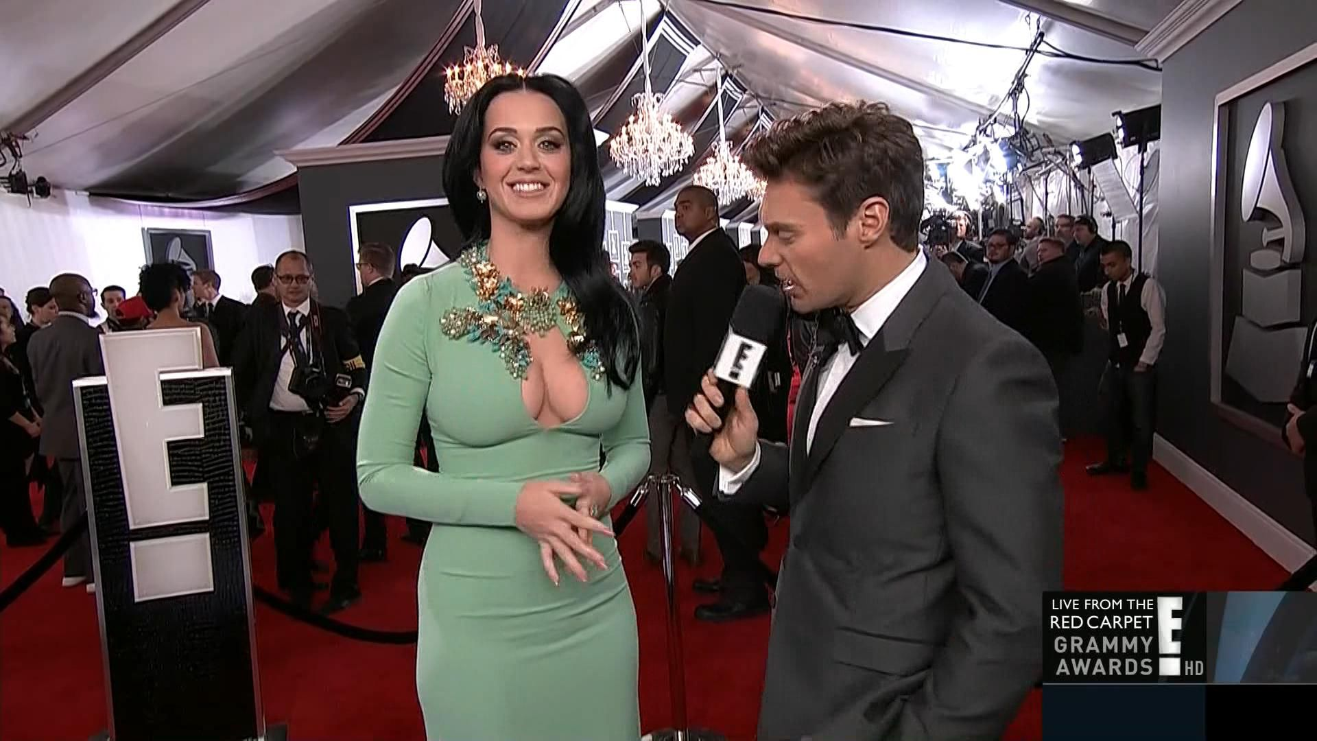 katy-perry-grammy-awards-2013-02