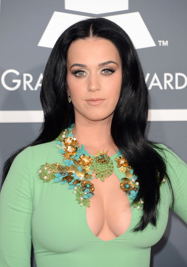 katy-perry-grammy-awards-2013-03