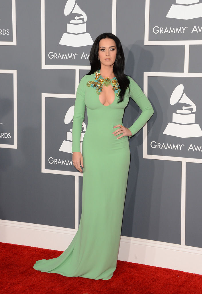 katy-perry-grammy-awards-2013-06