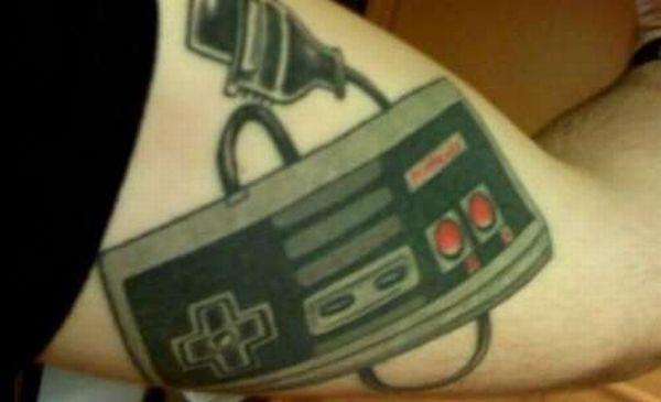 tatouages-jeux-videos-manette-nes