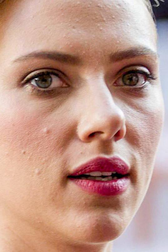 visage-celebrites-pres-scarlett-johansson