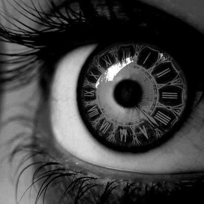oeil-horloge