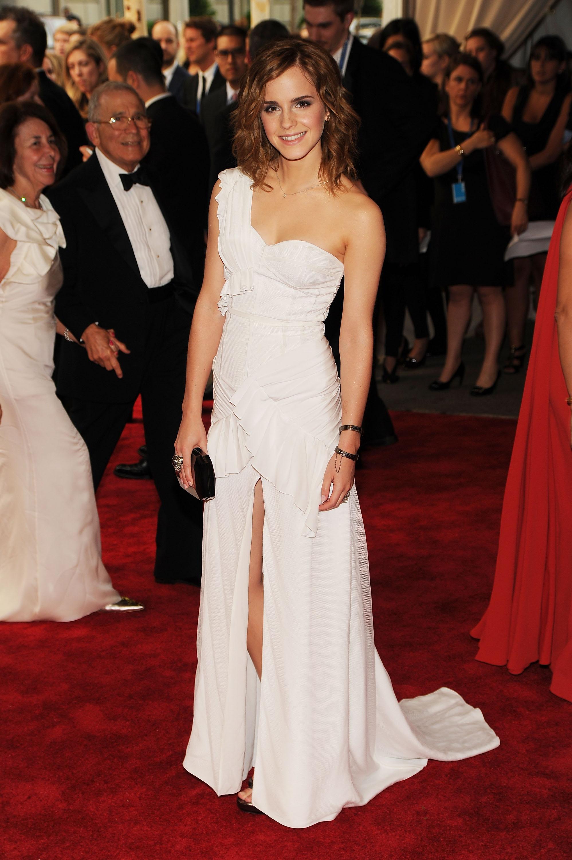 Emma Watson : sublime dans sa robe blanche ! Et cest