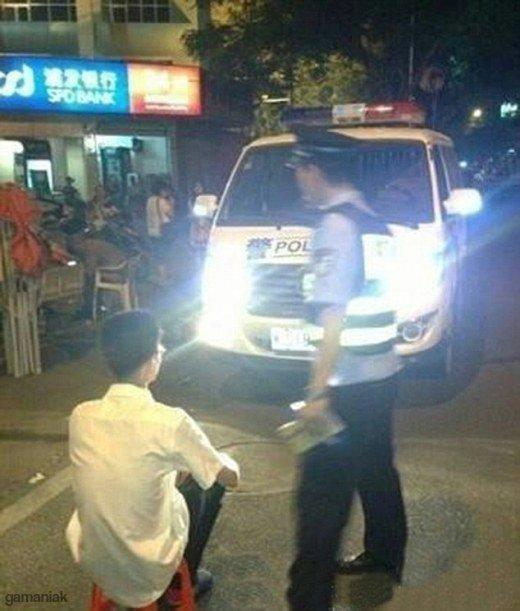 punition-police-chinoise-quand-vous-roulez-avec-des-phares-trop-puissants