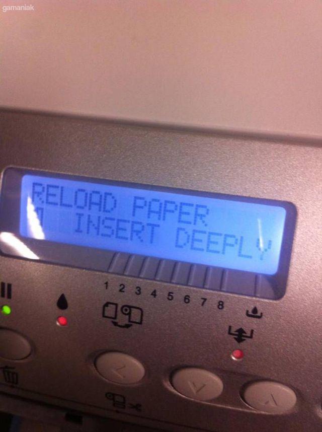 insere-moi-papier-profondement