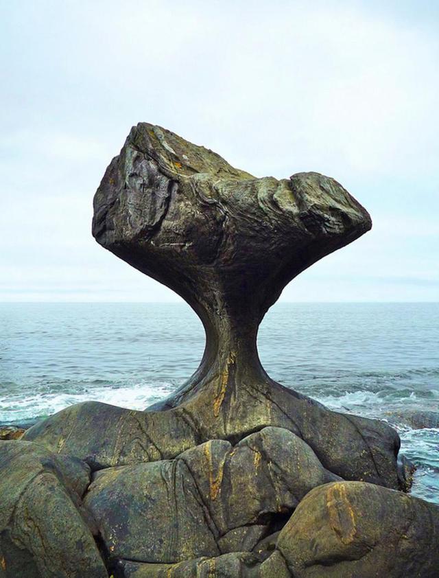 rocher-vagues-erosion