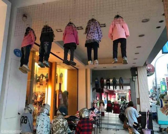 mannequins-enfants-plafond