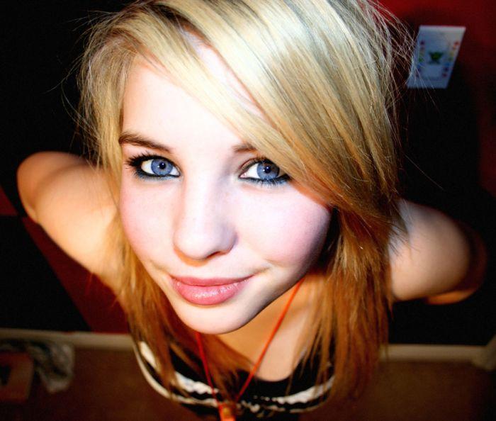vrac-48-blonde-yeux-bleus