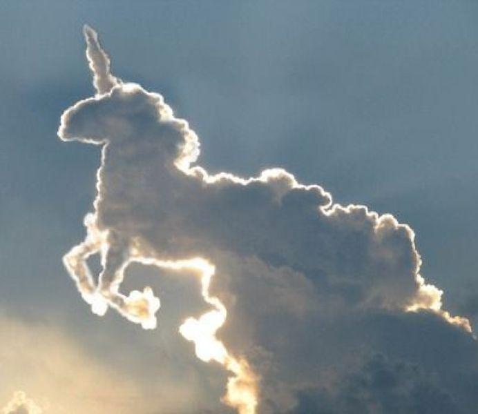 nuage-forme-licorne