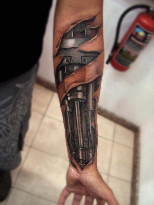 tatouage-bras-mecanique