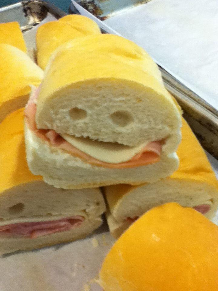sandwich-nom-nom