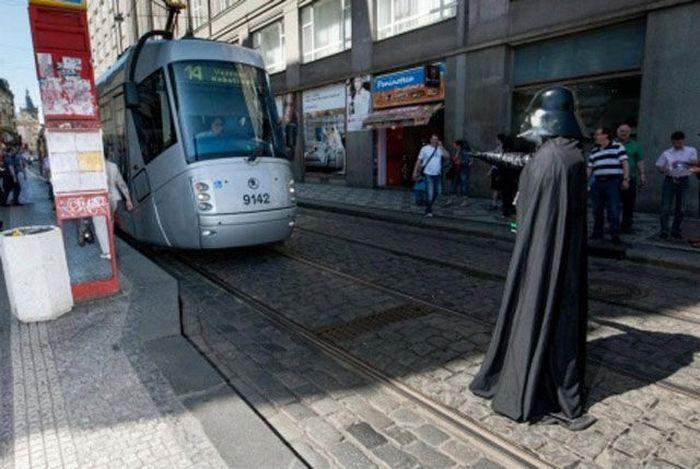 dark-vador-arrete-tramway
