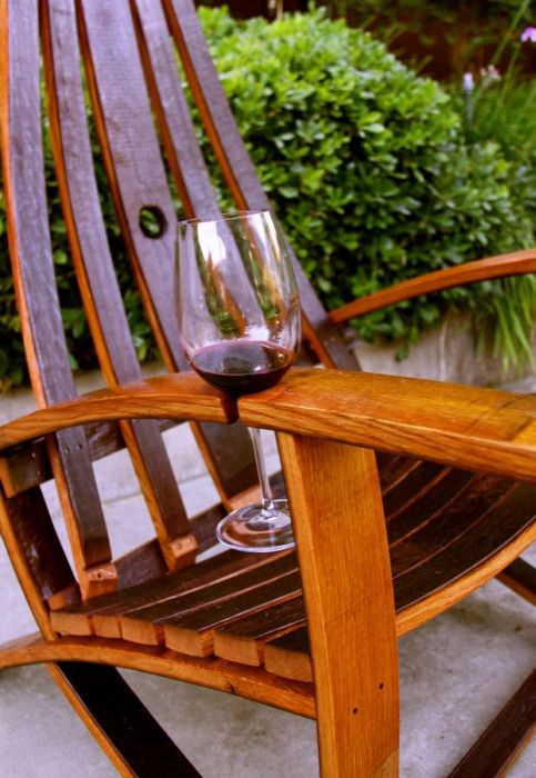 emplacement-verre-vin-chaise