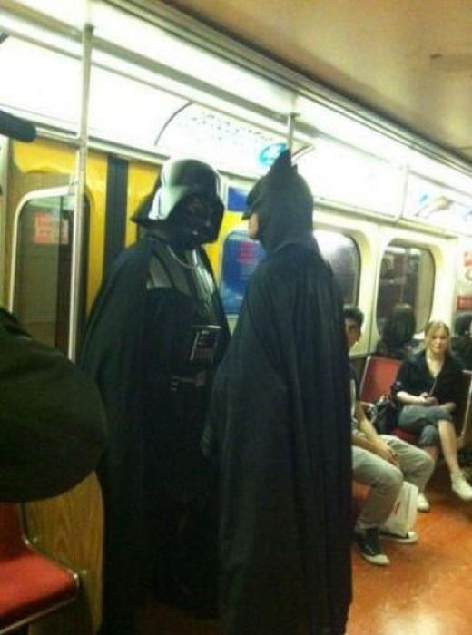 dark-vador-face-batman-dans-metro