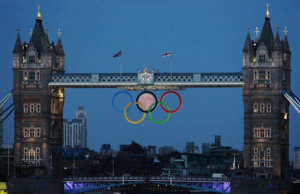 anneaux-des-jeux-olympiques-lune
