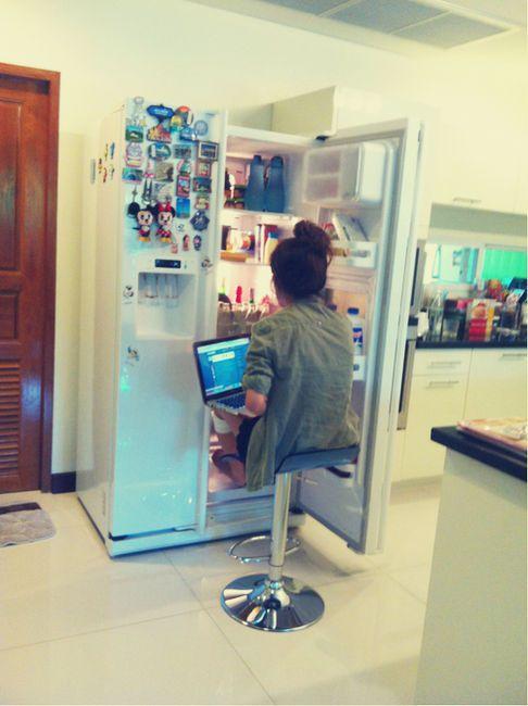 votre-portable-chauffe-trop-faites-devant--frigo