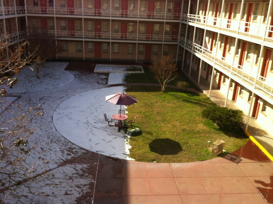 neige-moitie-terrasse-fondu