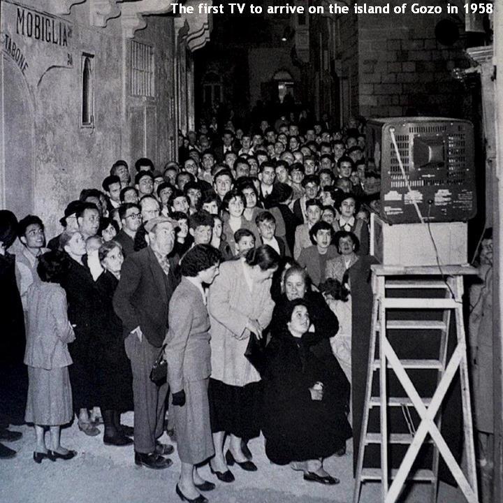 premiere-television-sur-lile-gozo-1958