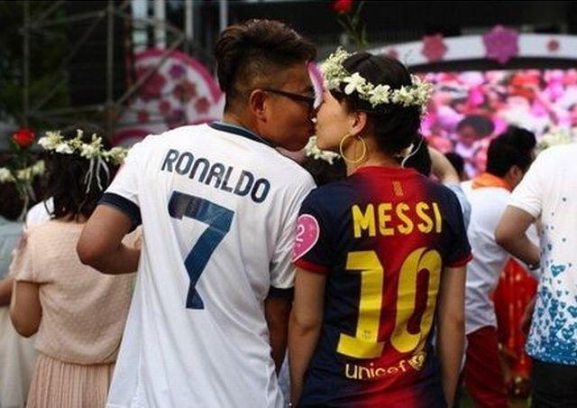 ronaldo-qui-embrasse-messi