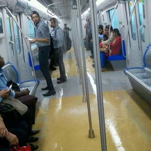 douches-dans-metro-mumbai