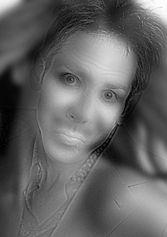 Image Plissez les yeux pour voir la tête d'une fille