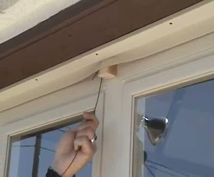Ouvrir une porte de garage en 6 secondes for Ouvrir une porte claquee